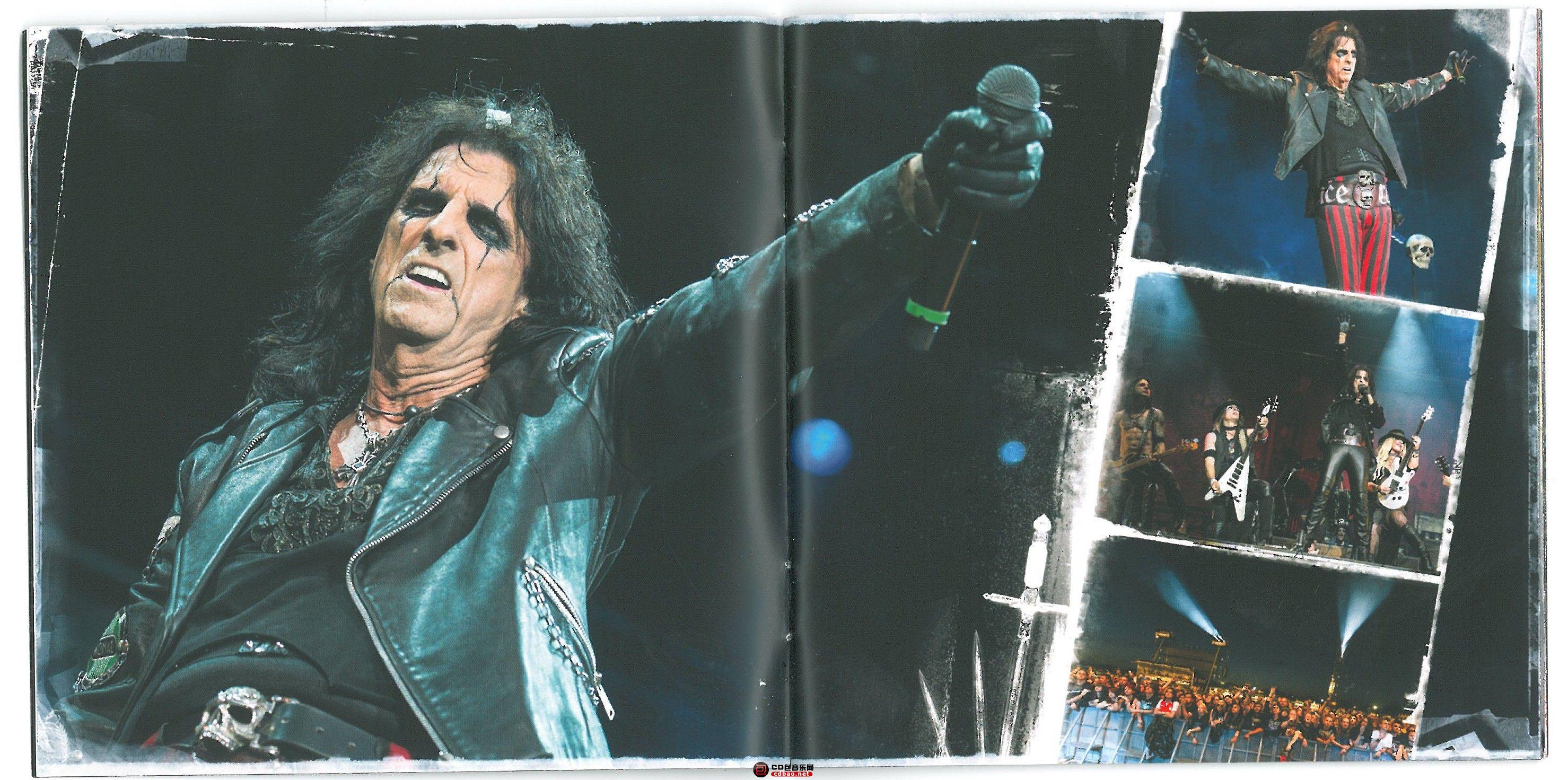 booklet 04-05.jpg