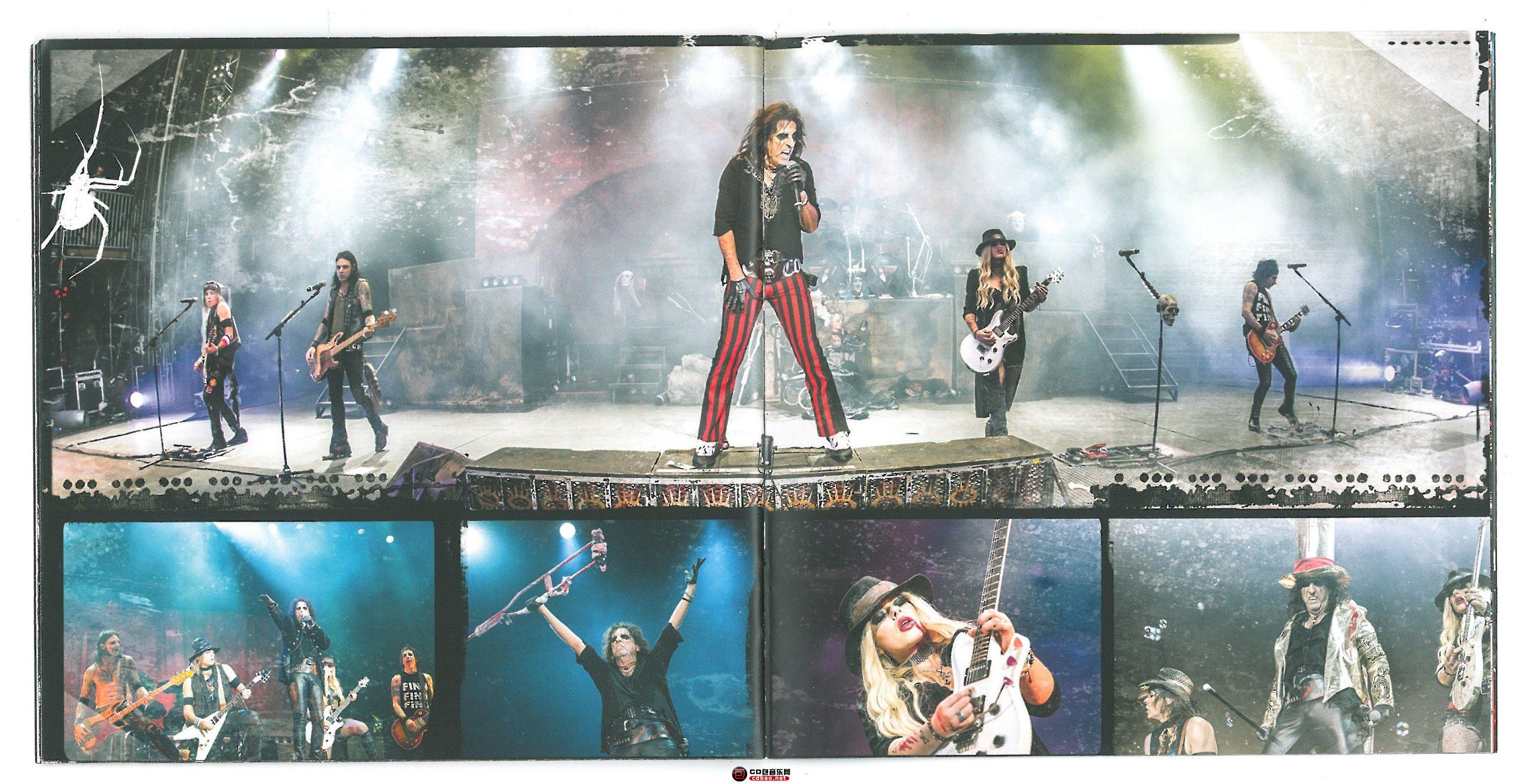 booklet 18-19.jpg