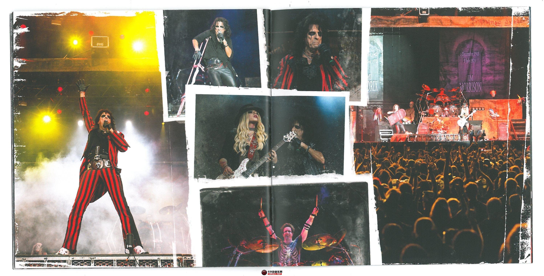 booklet 20-21.jpg
