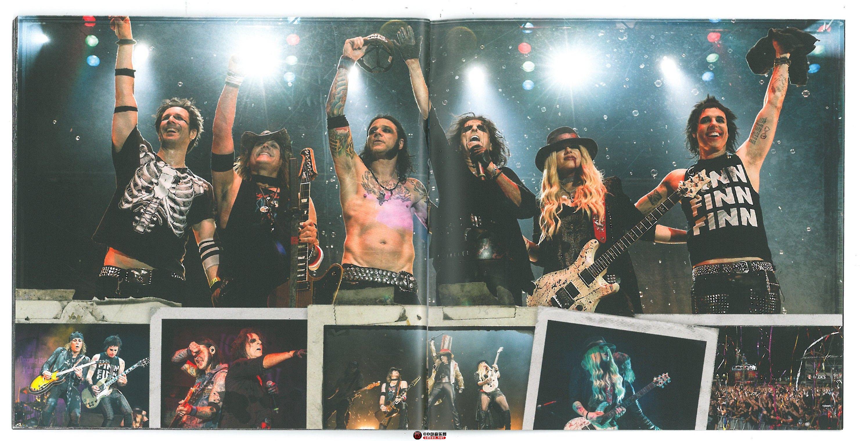 booklet 24-25.jpg