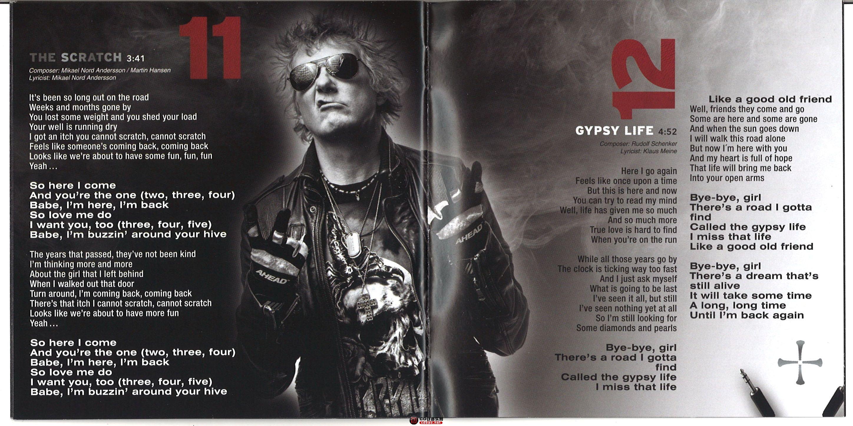 booklet 09.jpg