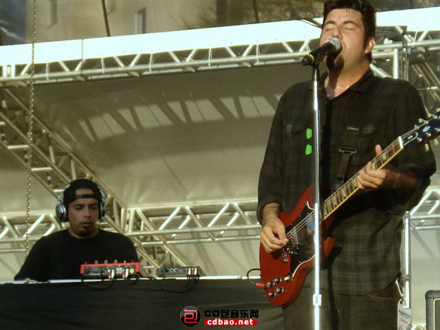 Frank Delgado – keyboards, sampling, turntables (1999–present).jpg