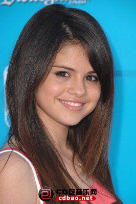 kinopoisk.ru-Selena-Gomez-626406.jpg