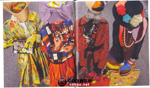 Booklet 03.jpg